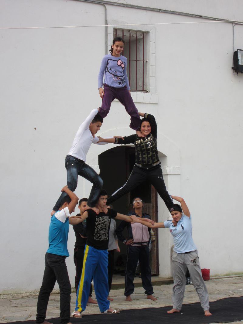 TALIM Borj acrobats